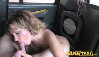 Blonde gets dildo in live show